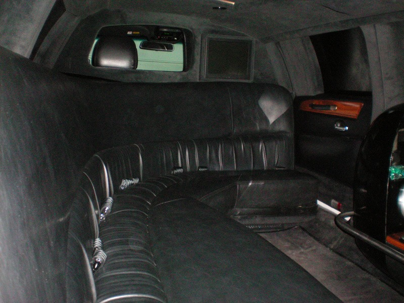 Front seats in back of limo